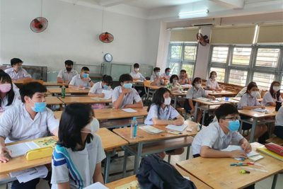 Bộ GDĐT đề nghị địa phương tiếp nhận học sinh từ vùng dịch về quê học tập